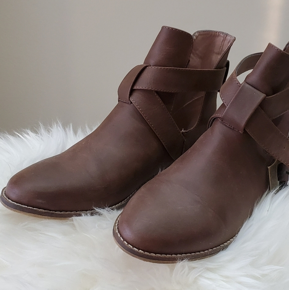 3 / $30 Vegan leather boots